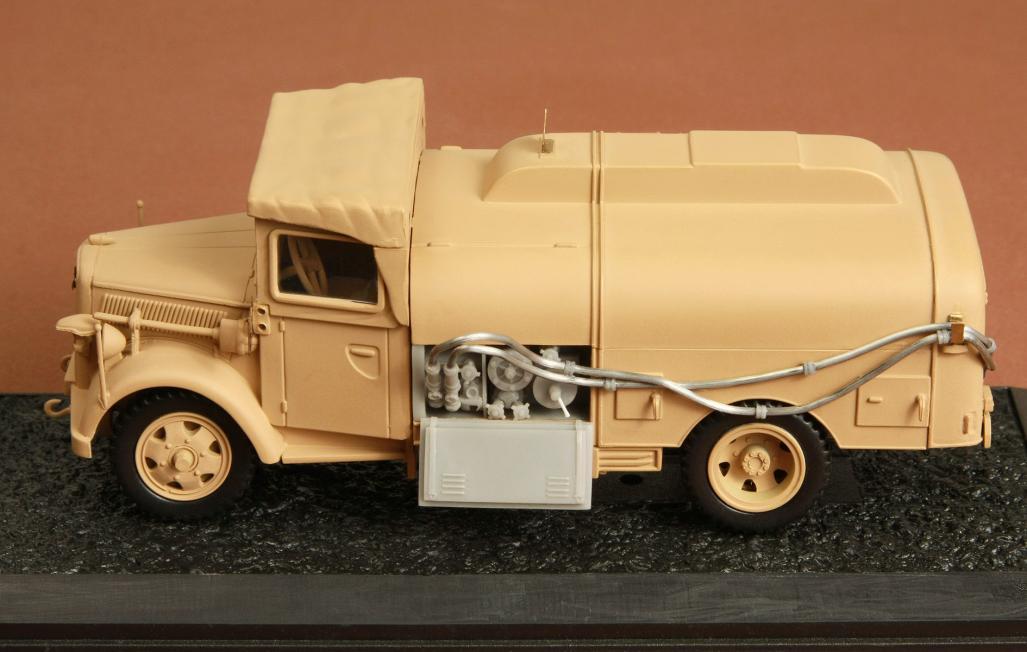 opel blitz tankwagen detail set for italeri kit 1. Black Bedroom Furniture Sets. Home Design Ideas