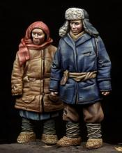 Boy & Girl WW II period - 1.