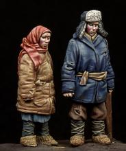 Boy & Girl WW II period - 6.